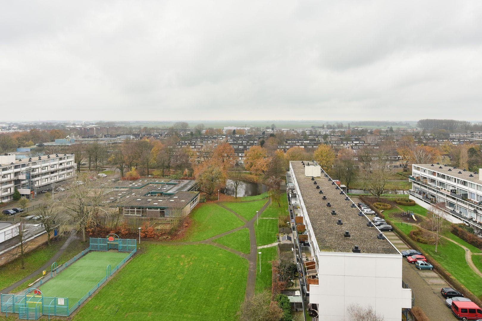 Vliestroom 211, Alphen Aan Den Rijn foto-13 blur