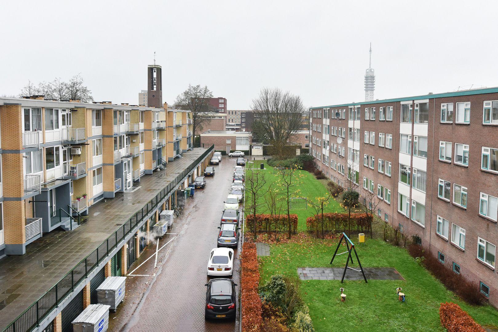 Stadhoudersplein 45, Alphen Aan Den Rijn foto-13 blur