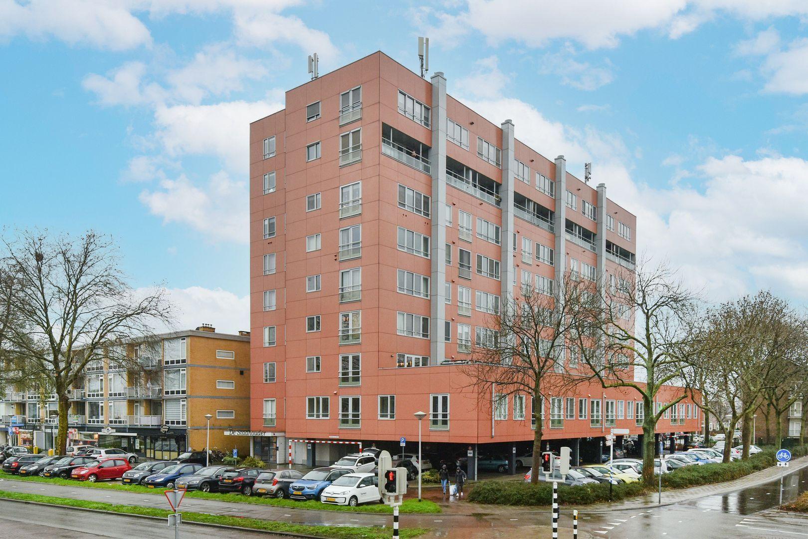 Stadhoudersplein 45, Alphen Aan Den Rijn foto-0 blur