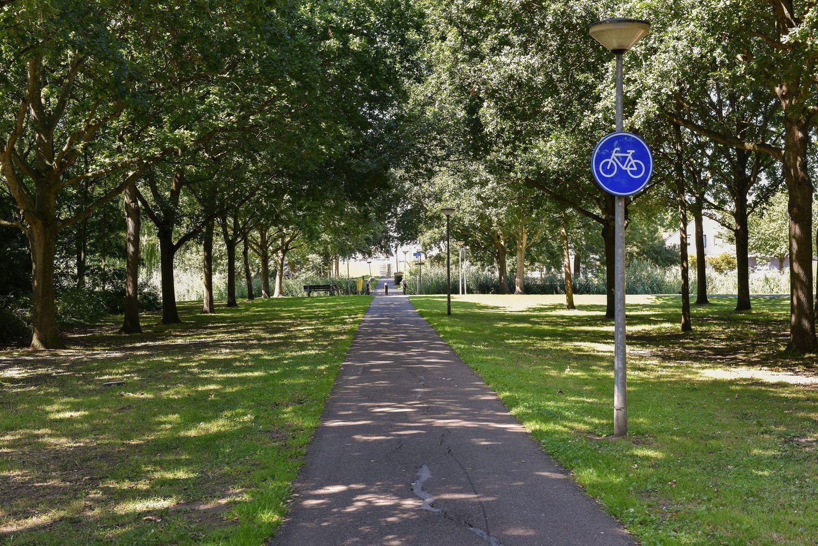 Kalkovenweg 172, Alphen Aan Den Rijn foto-17 blur
