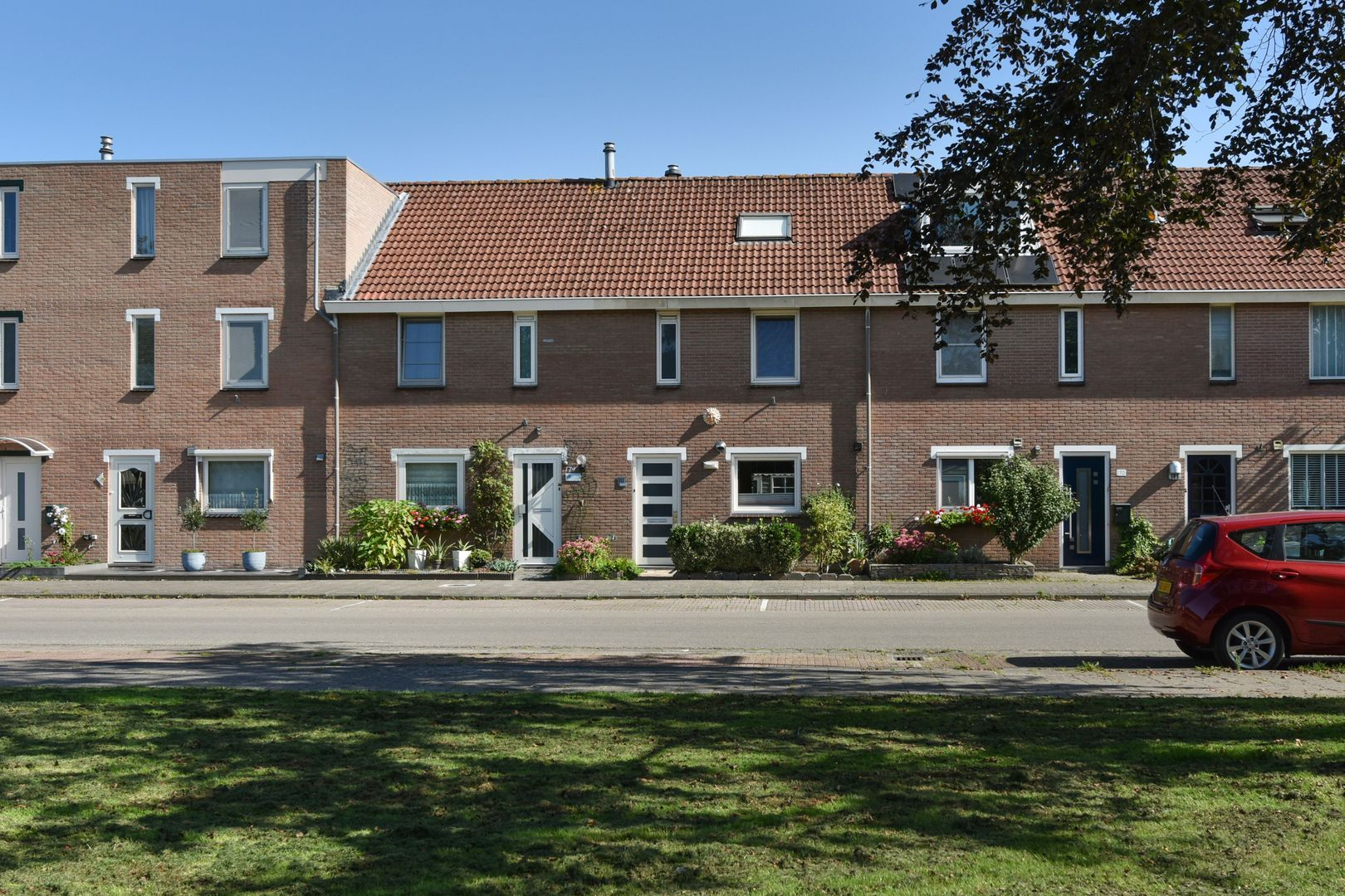 Kalkovenweg 172, Alphen Aan Den Rijn foto-0 blur