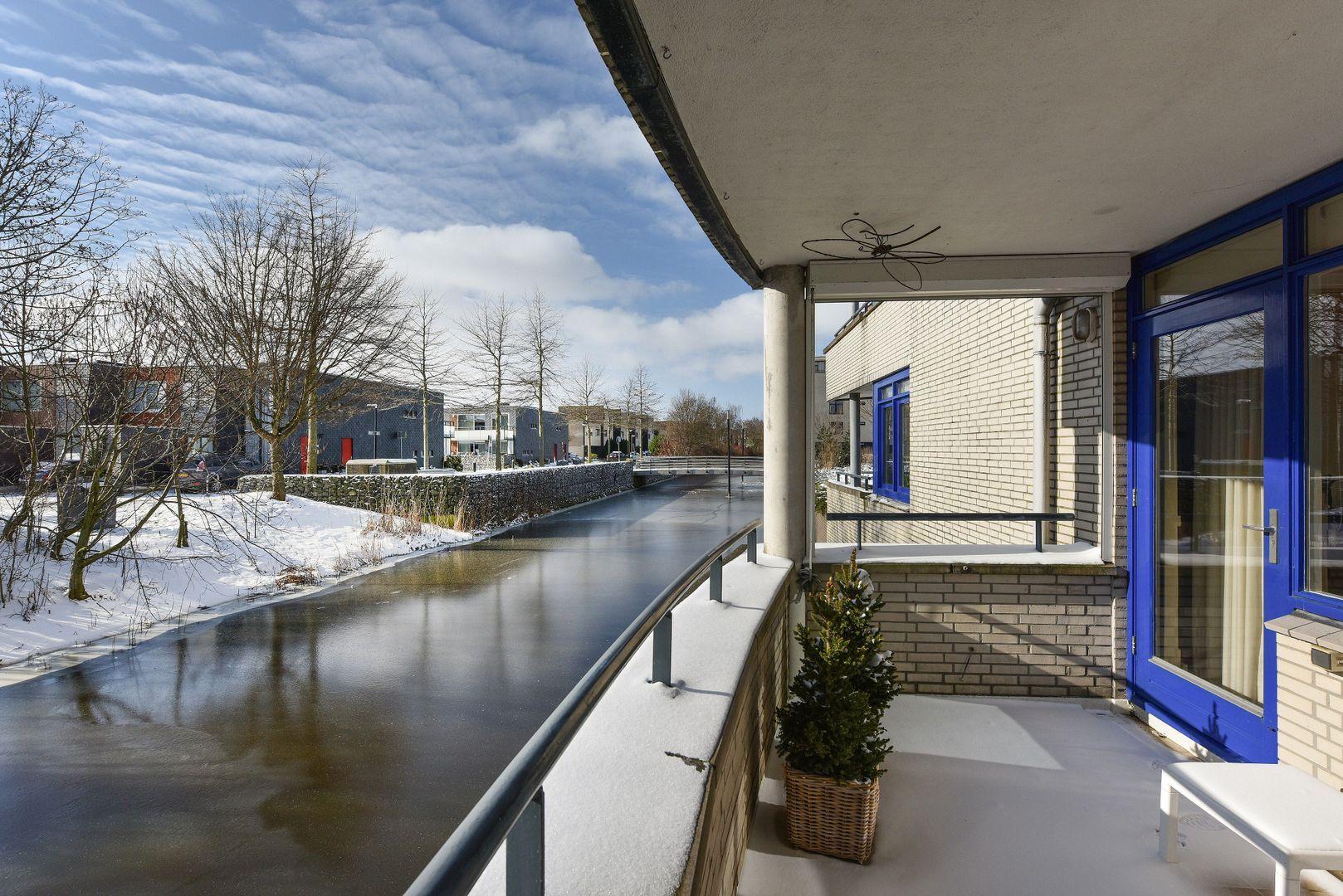 Marezatendreef 4, Alphen Aan Den Rijn foto-14 blur