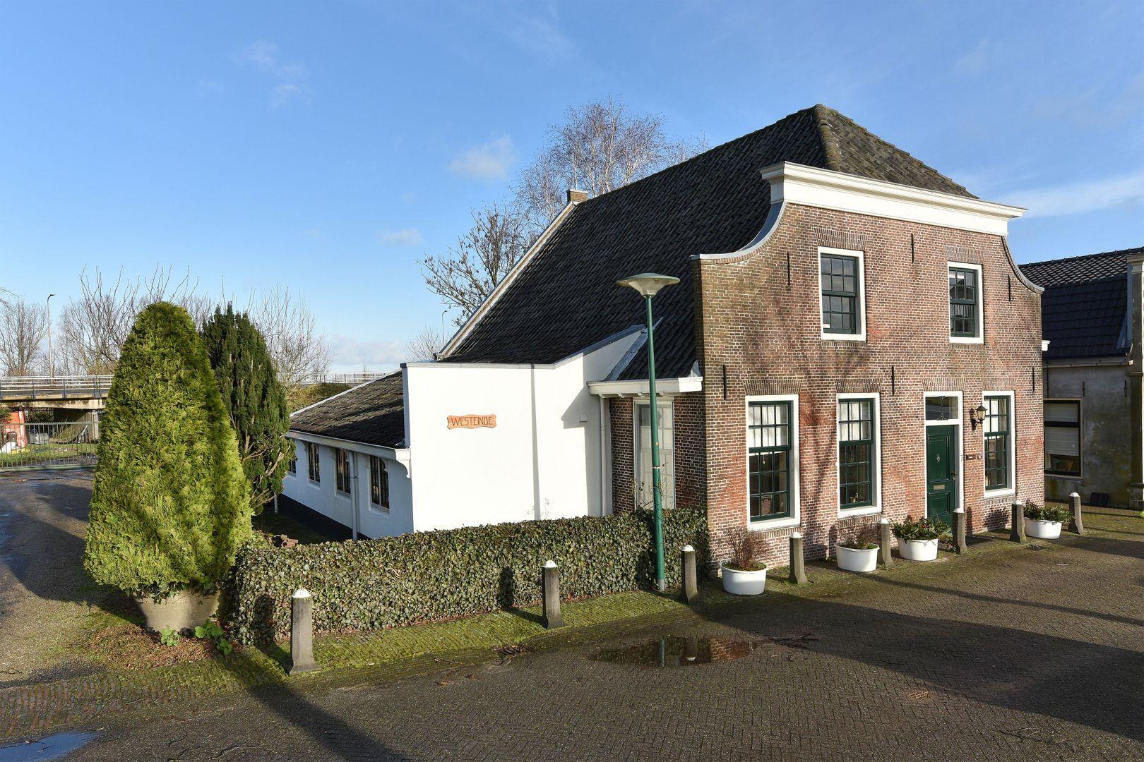 's-Molenaarsweg 7, Alphen Aan Den Rijn foto-0 blur