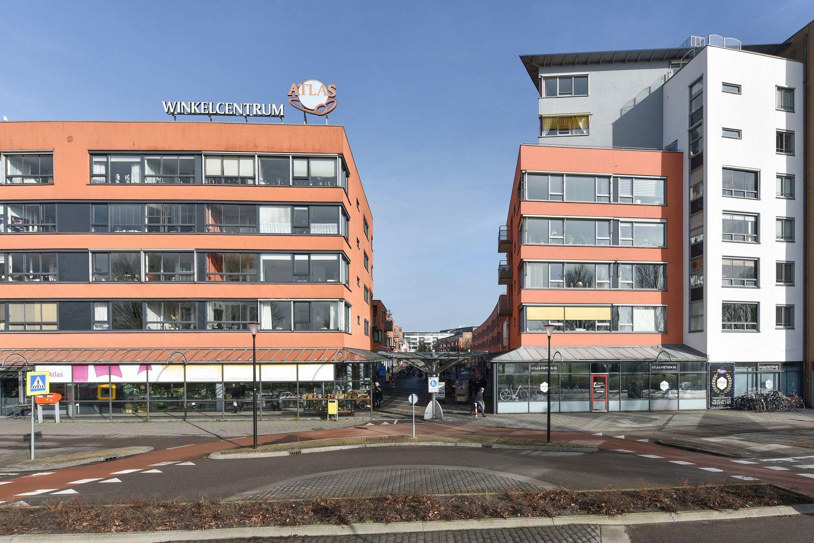 Drenthestraat 12, Alphen Aan Den Rijn foto-16 blur