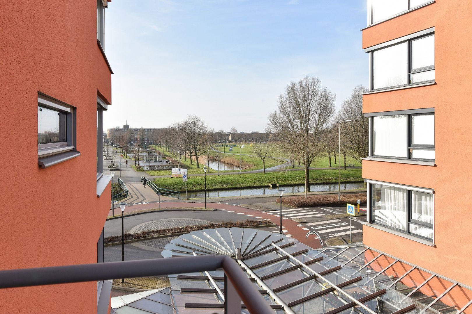 Drenthestraat 12, Alphen Aan Den Rijn foto-13 blur