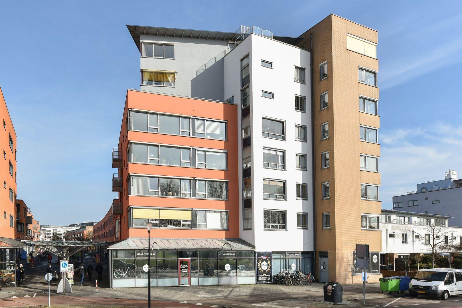 Drenthestraat 12, Alphen Aan Den Rijn foto-1 blur