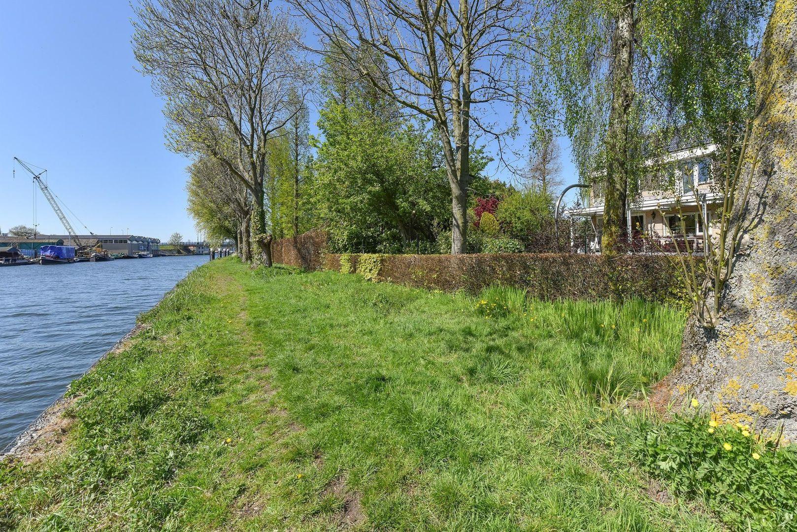 Kortsteekterweg 59, Alphen Aan Den Rijn foto-34 blur