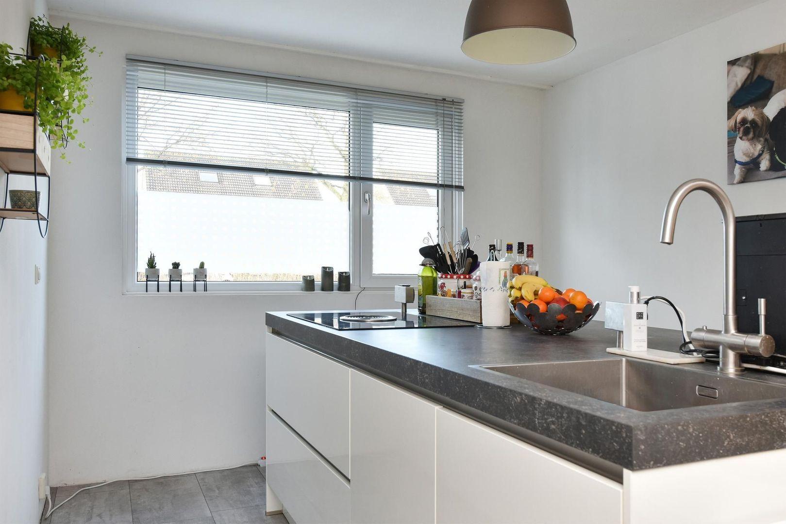 Roosje Vosstraat 24, Alphen Aan Den Rijn foto-5 blur