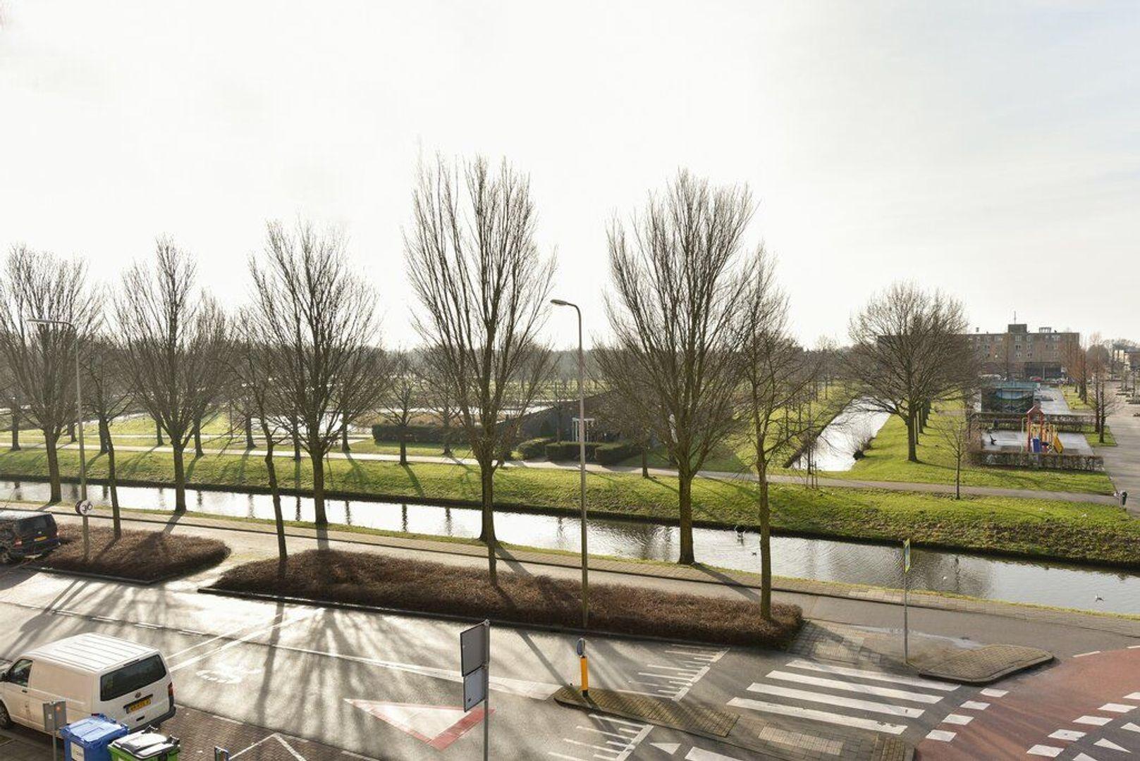 Drenthestraat 12, Alphen Aan Den Rijn foto-14 blur