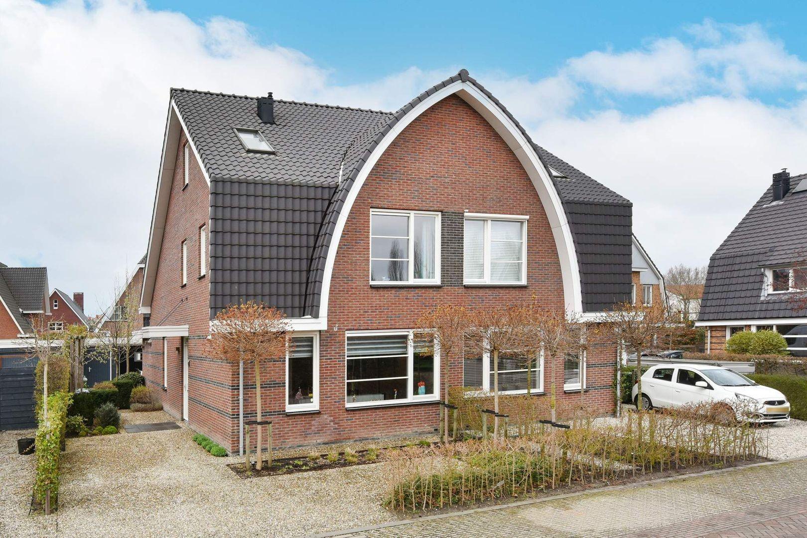 Karmelietenlaan 2, Alphen Aan Den Rijn foto-0 blur