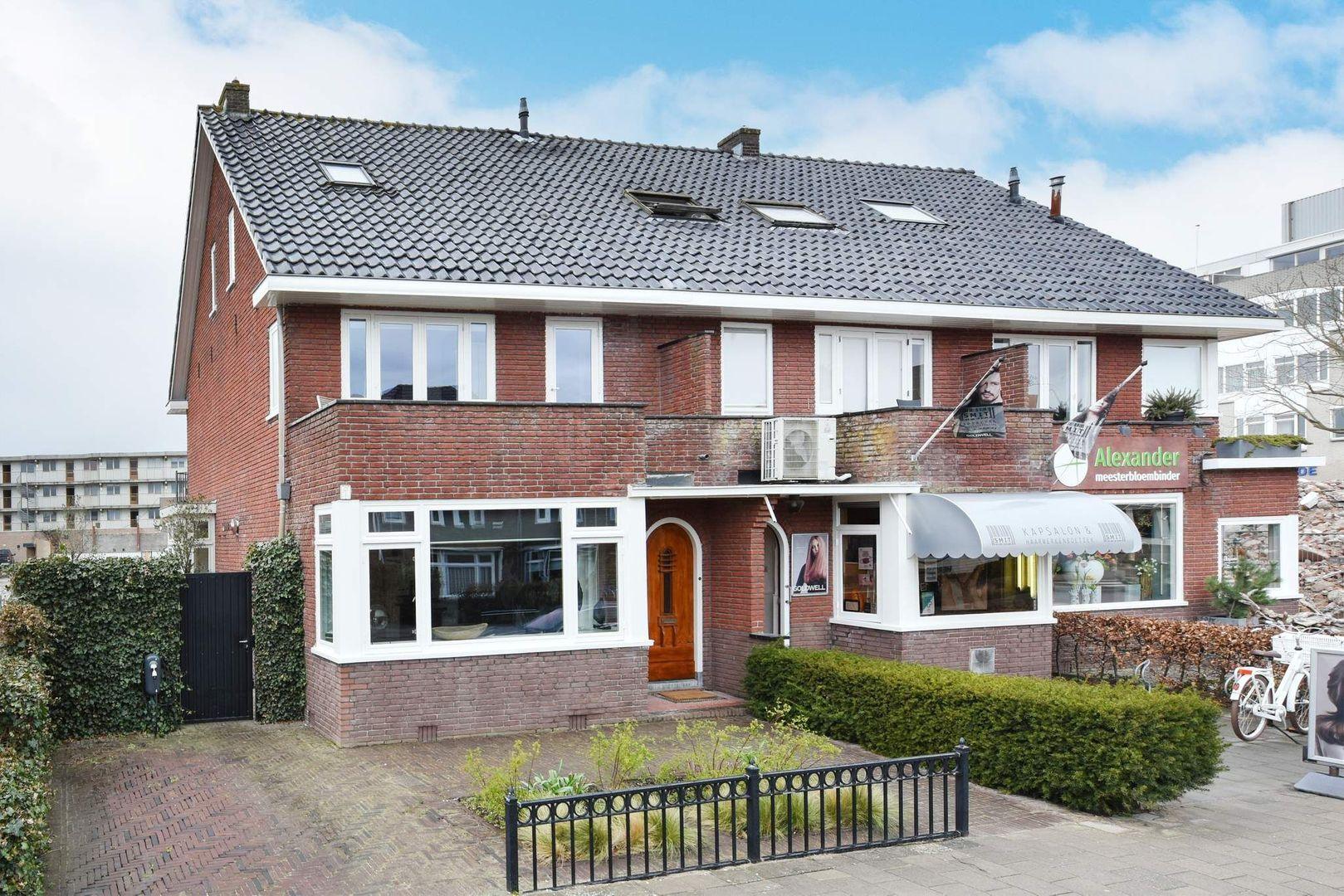 Toussaintstraat 55, Alphen Aan Den Rijn foto-0 blur