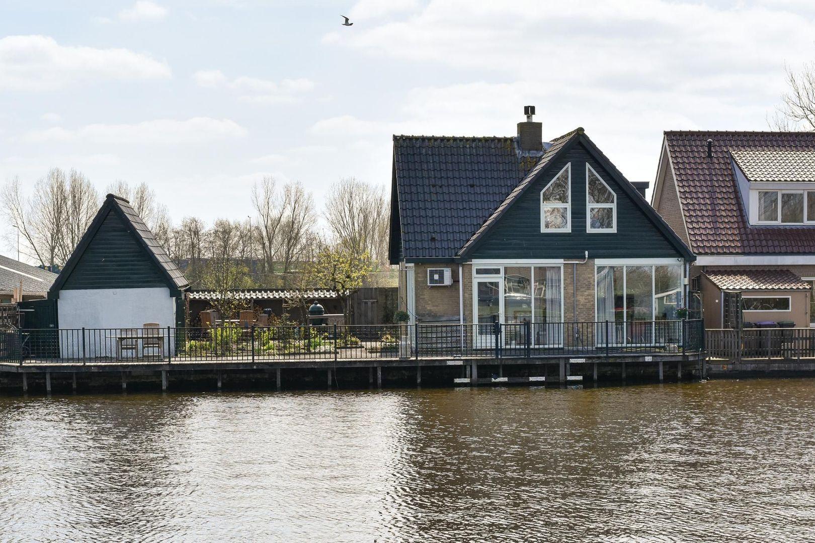 Steekterweg 158, Alphen Aan Den Rijn foto-1 blur