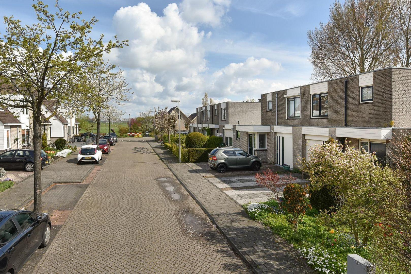 Alida de Jongstraat 40, Alphen Aan Den Rijn foto-16 blur