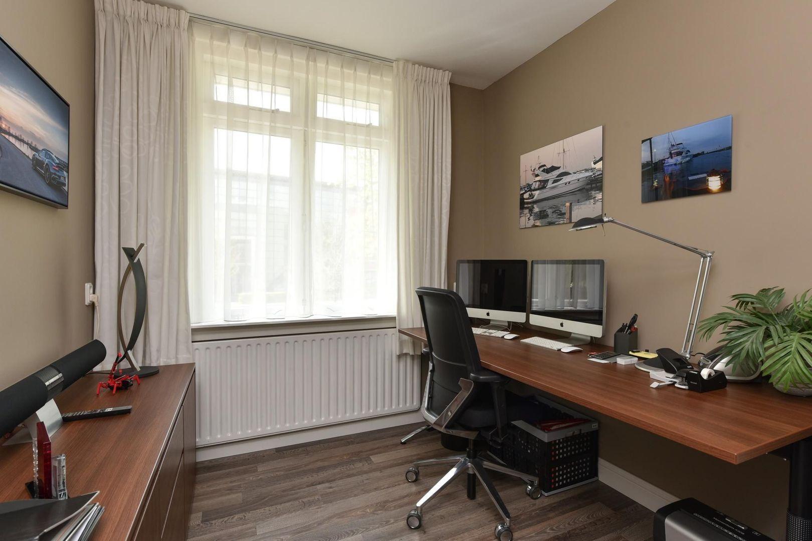 Dr. Lovinklaan 6, Alphen Aan Den Rijn foto-27 blur