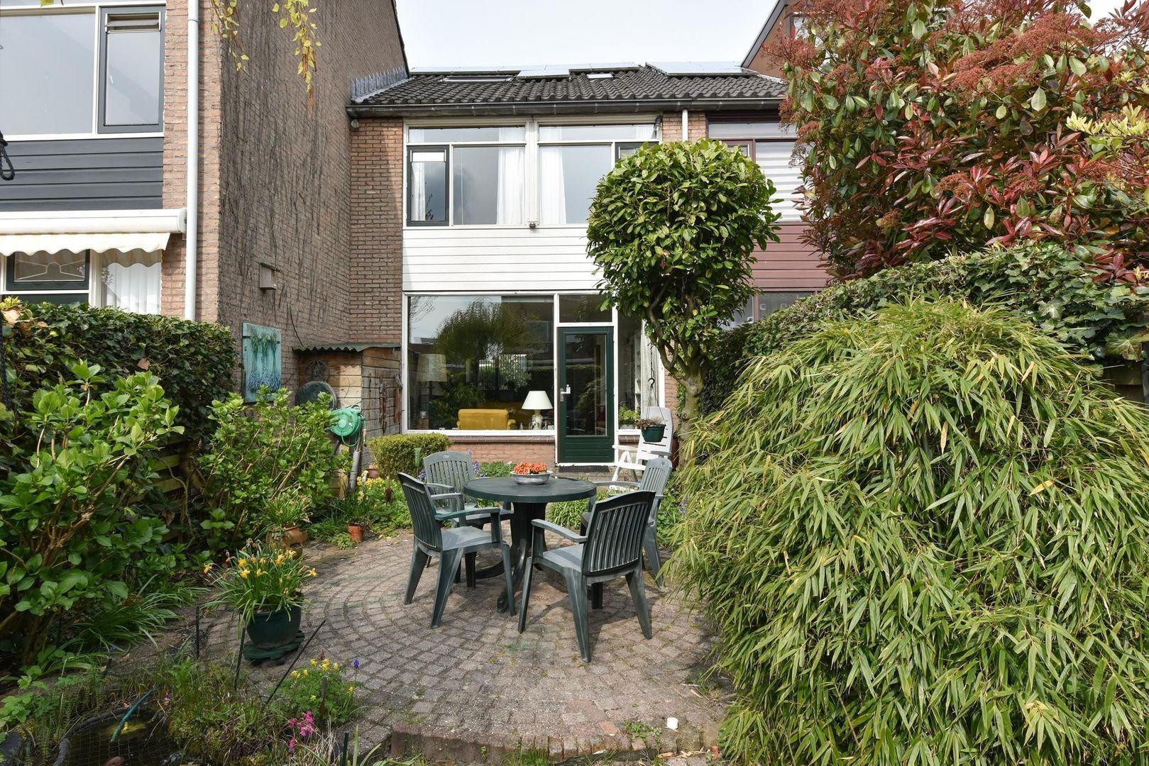 Saffierstraat 227, Alphen Aan Den Rijn foto-14 blur