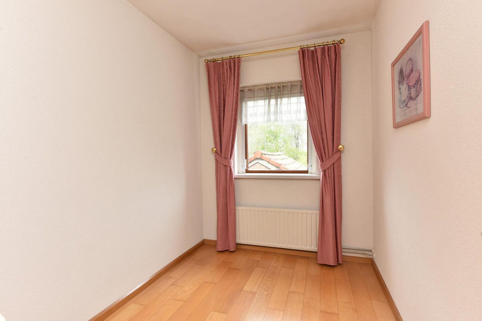G. van Dijkstraat 8, Ter Aar foto-10 blur
