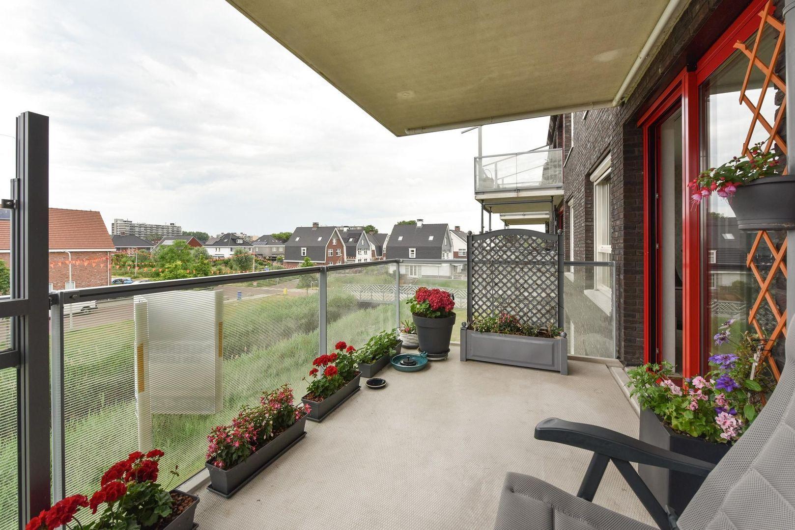 Kees Mustersstraat 23, Alphen Aan Den Rijn foto-8 blur