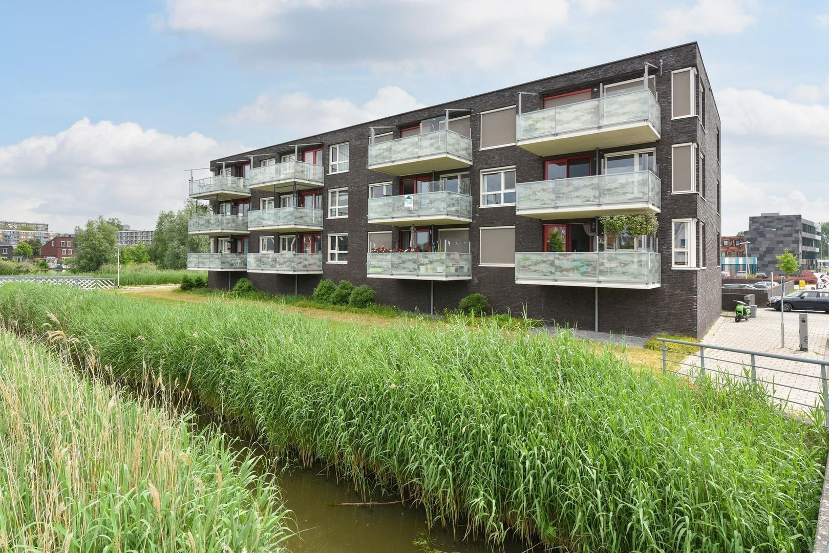 Kees Mustersstraat 23, Alphen Aan Den Rijn foto-0 blur