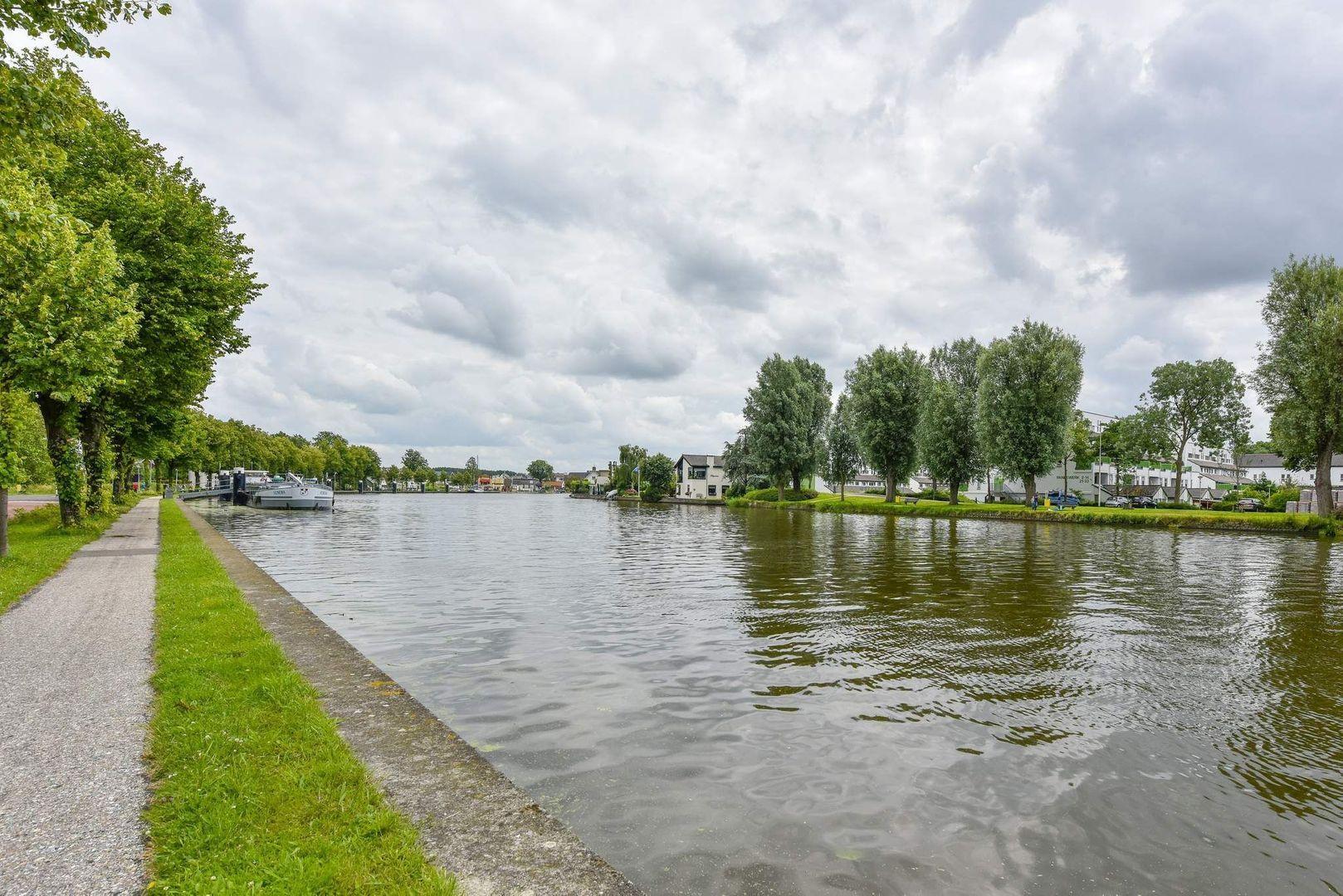 Oudshoornseweg 98, Alphen Aan Den Rijn foto-20 blur