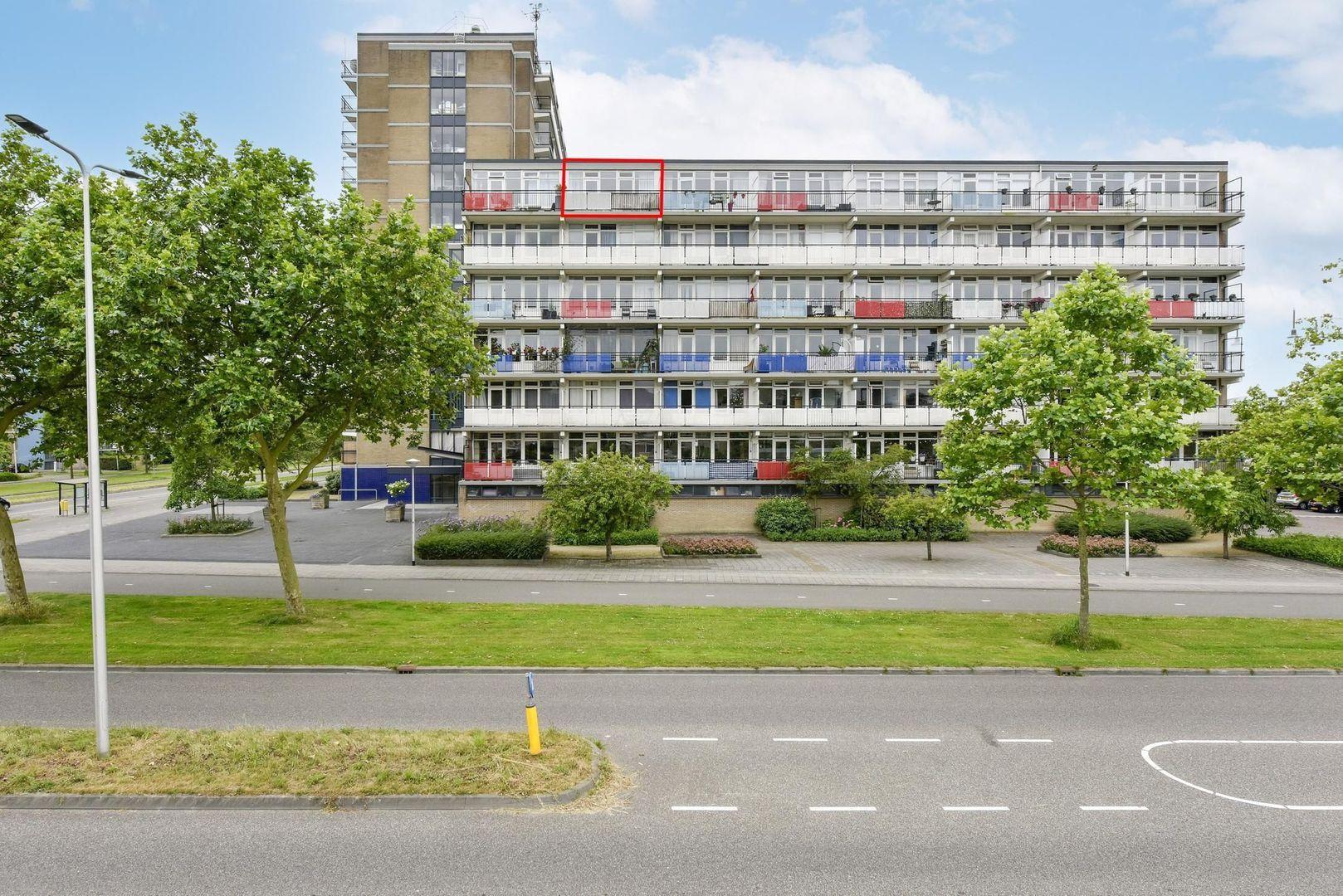 Aidaplein 87, Alphen Aan Den Rijn foto-18 blur
