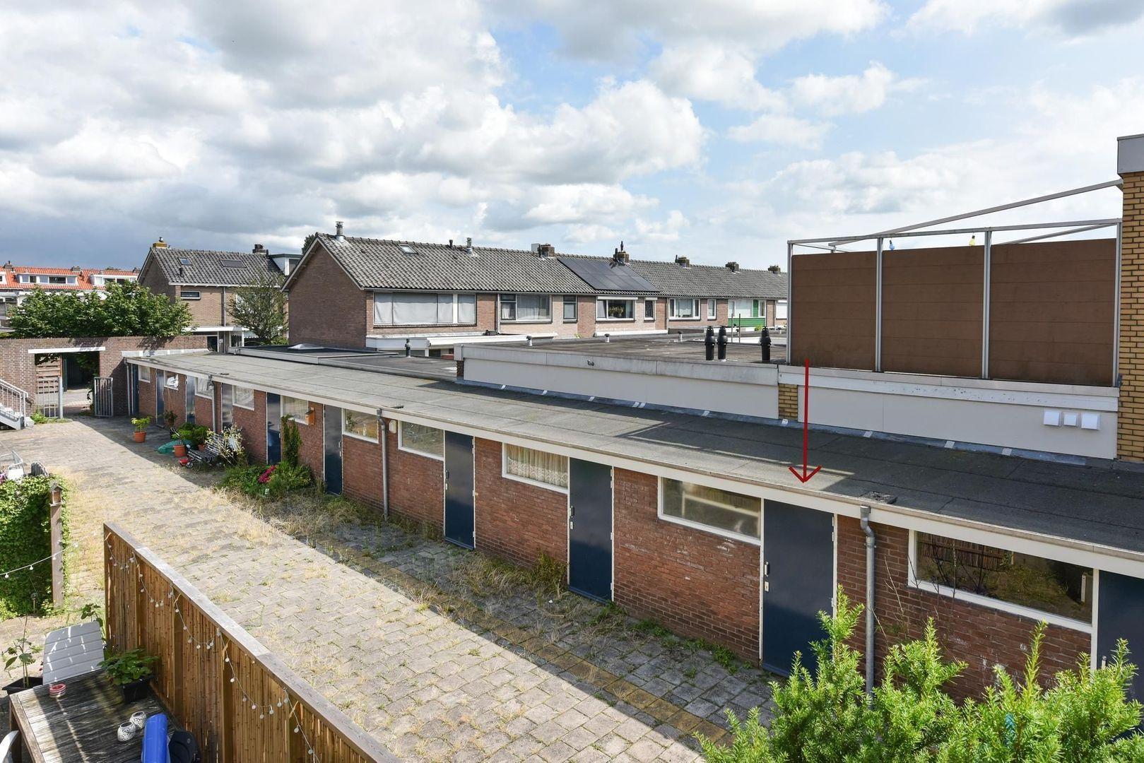 Jan Pieterszoon Coenlaan 4, Alphen Aan Den Rijn foto-15 blur