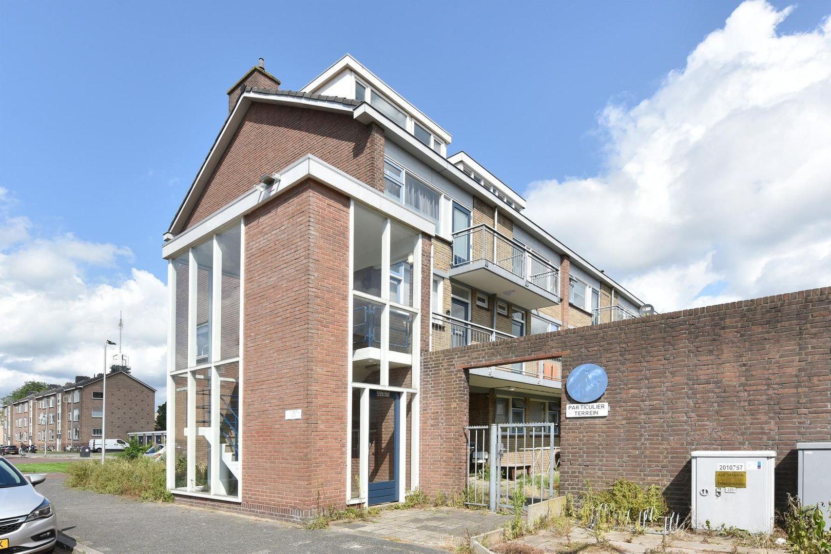 Jan Pieterszoon Coenlaan 4, Alphen Aan Den Rijn foto-16 blur