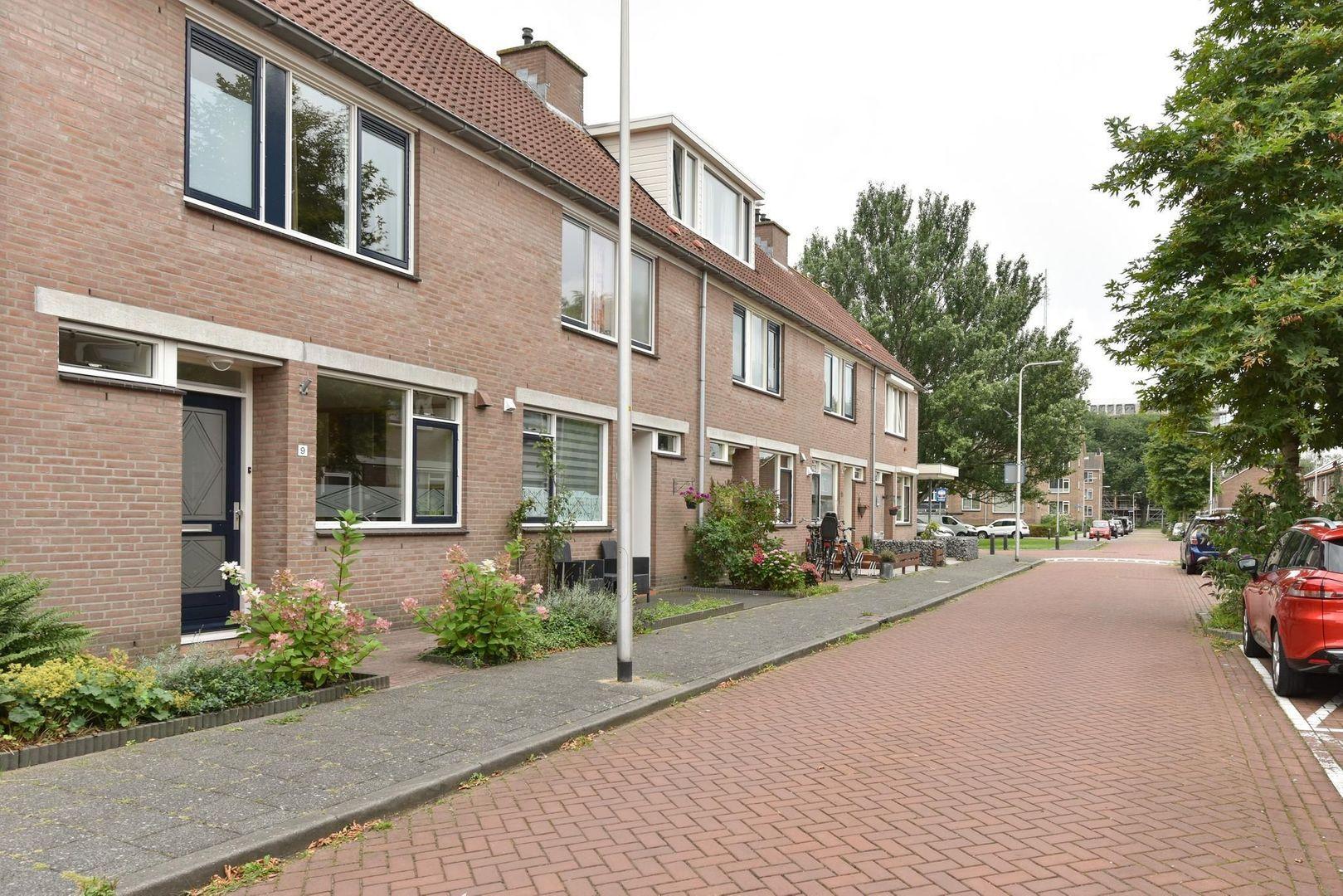 Van Brakelstraat 9, Alphen Aan Den Rijn foto-12 blur