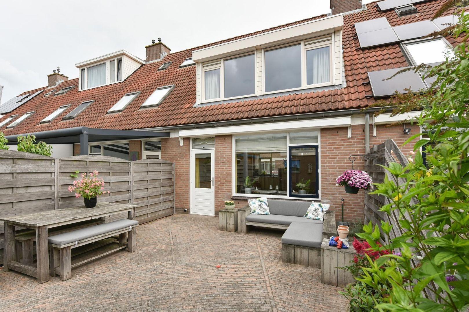 Van Brakelstraat 9, Alphen Aan Den Rijn foto-14 blur