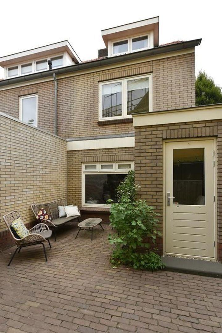 Emmalaan 37, Alphen Aan Den Rijn foto-21 blur