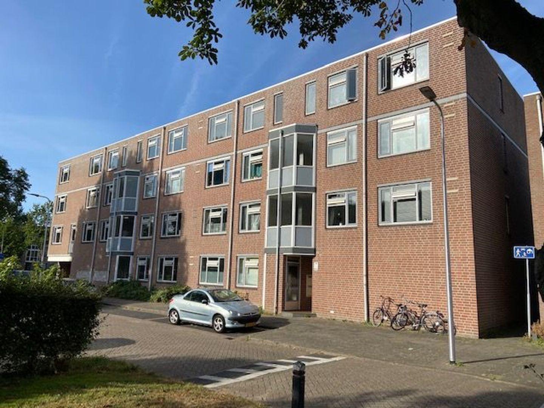 Wagenmaker 105, Alphen Aan Den Rijn foto-0 blur