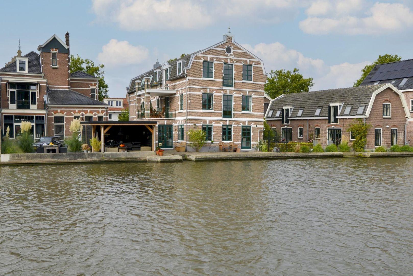 Prins Hendrikstraat 122 A, Alphen Aan Den Rijn foto-0 blur