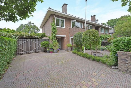 Parkweg 145, Voorburg