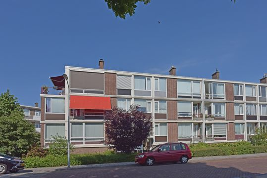 Aart van der Leeuwkade 165, Voorburg