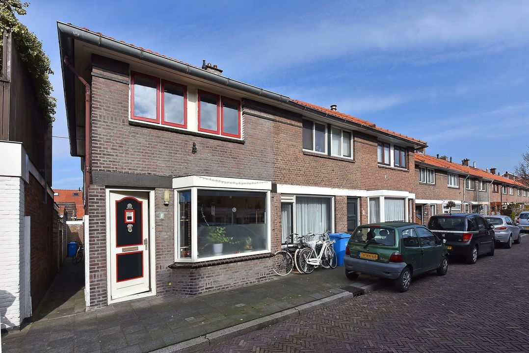 Mauritsstraat 1, Voorburg foto-0