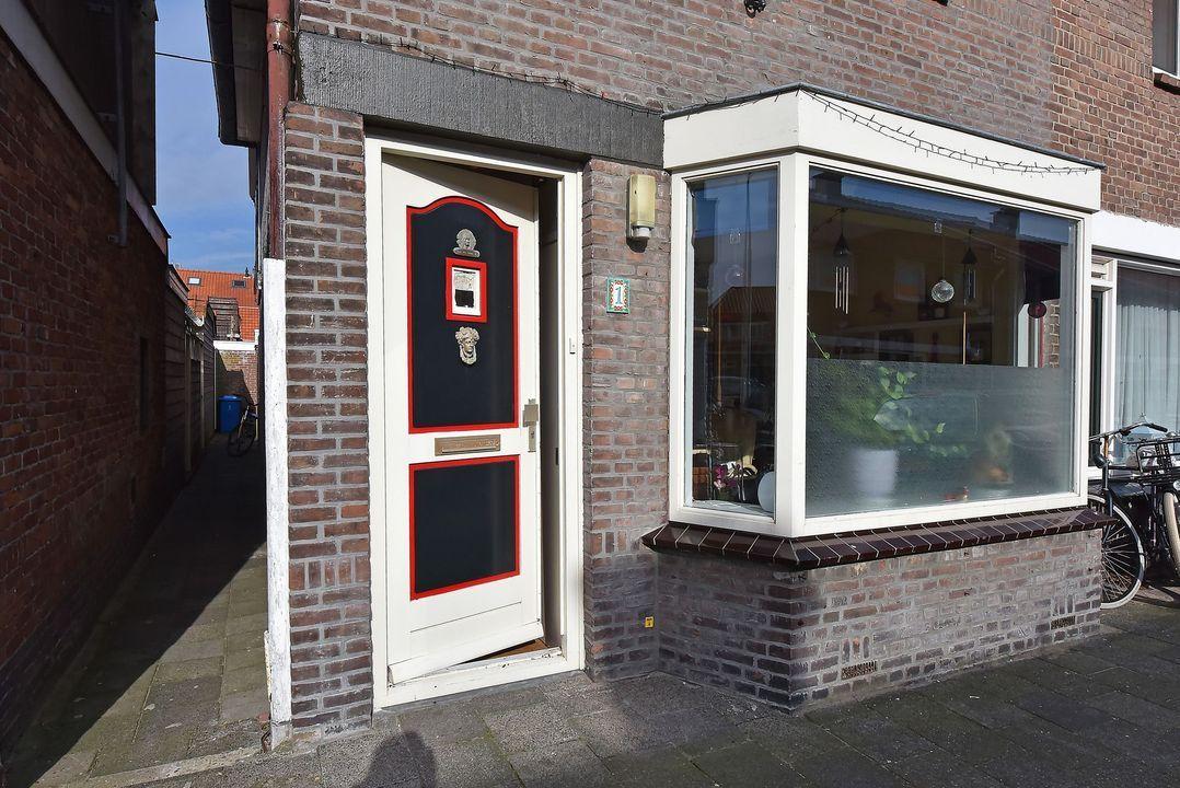Mauritsstraat 1, Voorburg foto-1