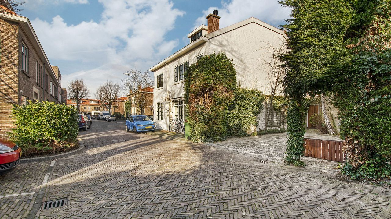 Oostvlietstraat 22, Voorburg foto-1