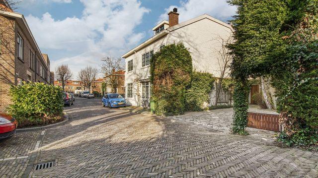 Oostvlietstraat 22, Voorburg small-1