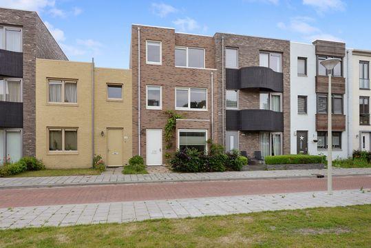 Biancaland 130, Den Haag