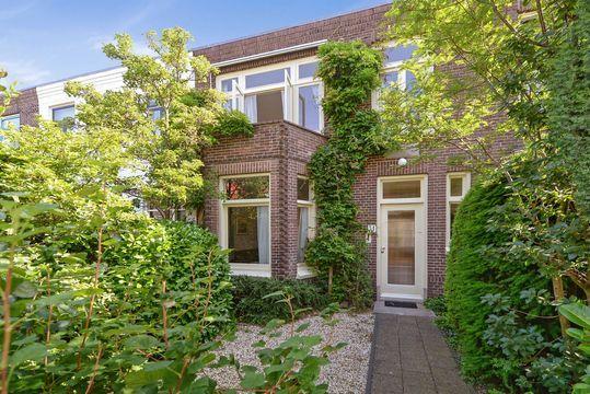 Weverslaan 31, Voorburg