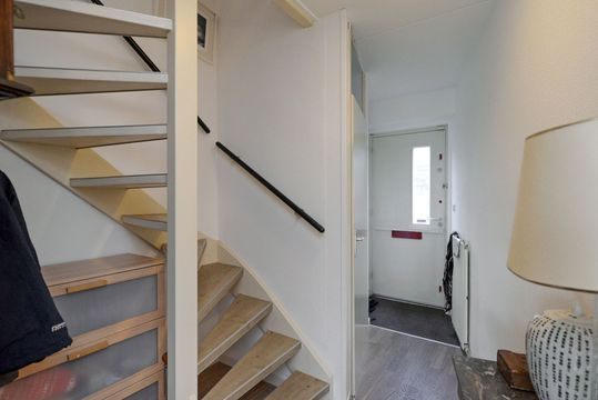 Hendrik van Randwijkstraat 7, Leidschendam small-1