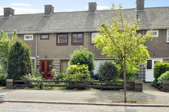 Nicolaas Beetslaan 26, Voorburg