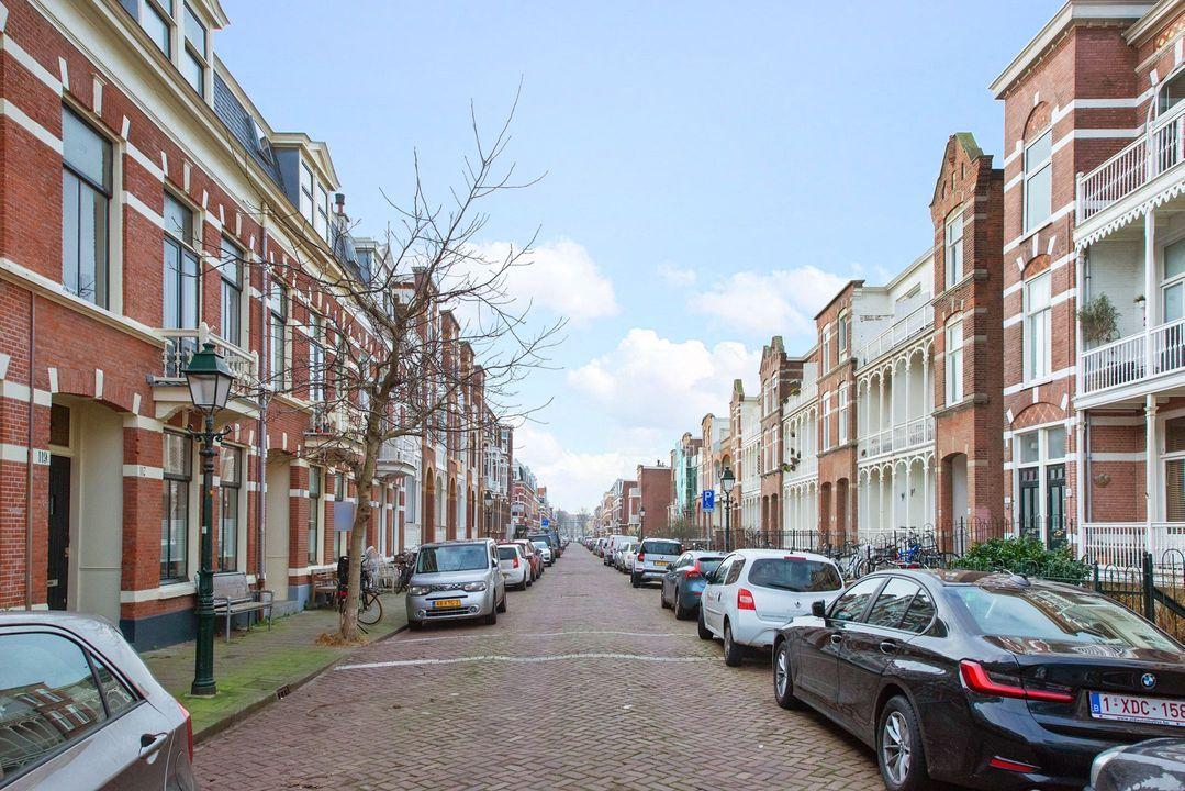 Dirk Hoogenraadstraat 121, Den Haag foto-1