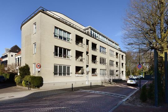 Raadhuisstraat 37, Voorburg