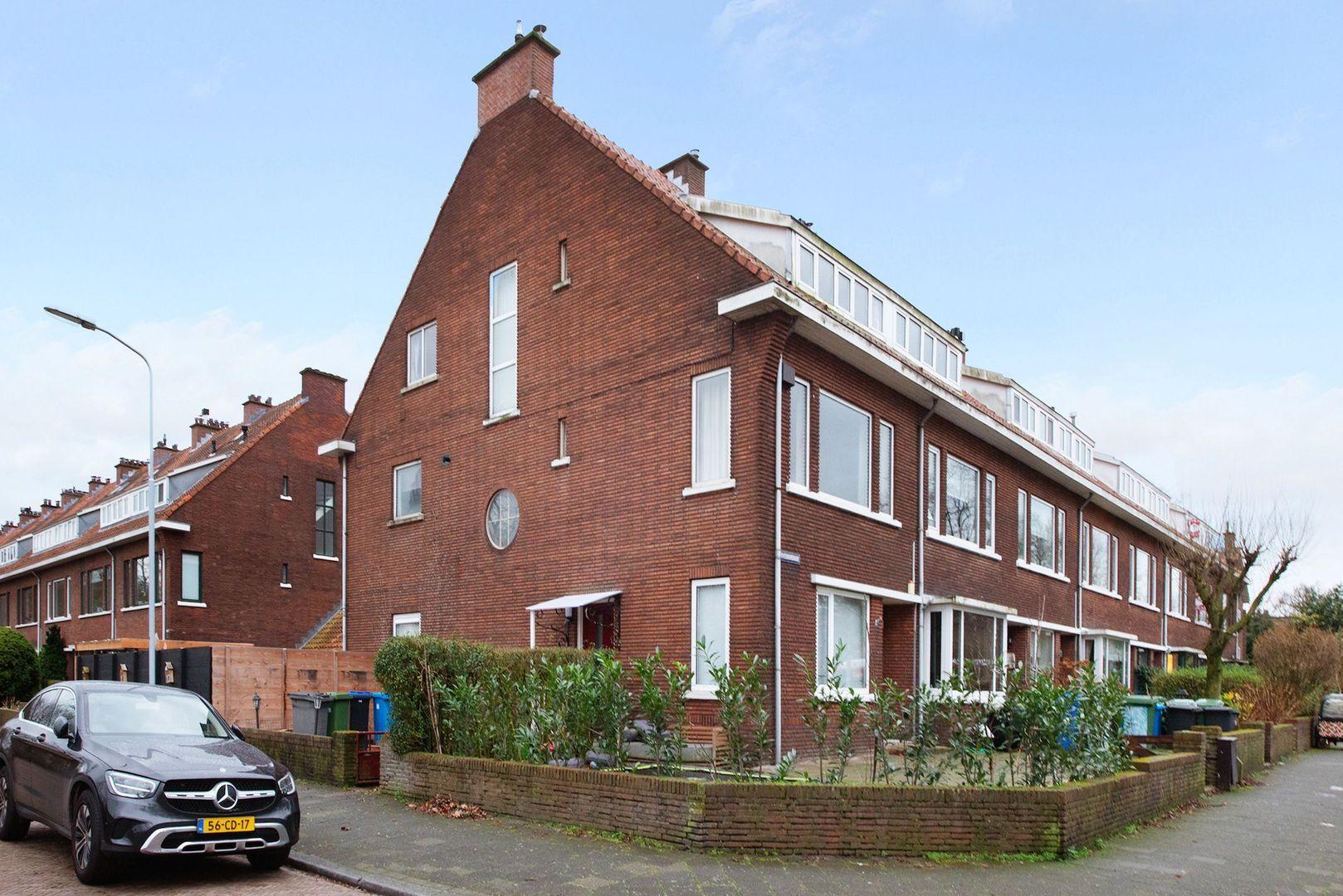 Tuinluststraat 24, Voorburg foto-0