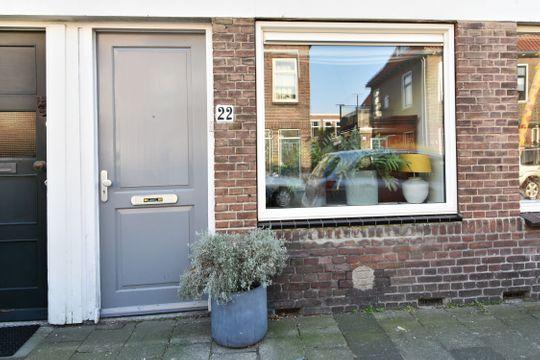 Loolaan 22, Voorburg small-1