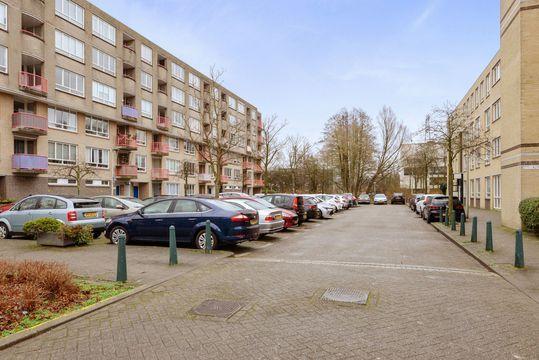 Margarethaland 379, Den Haag small-1