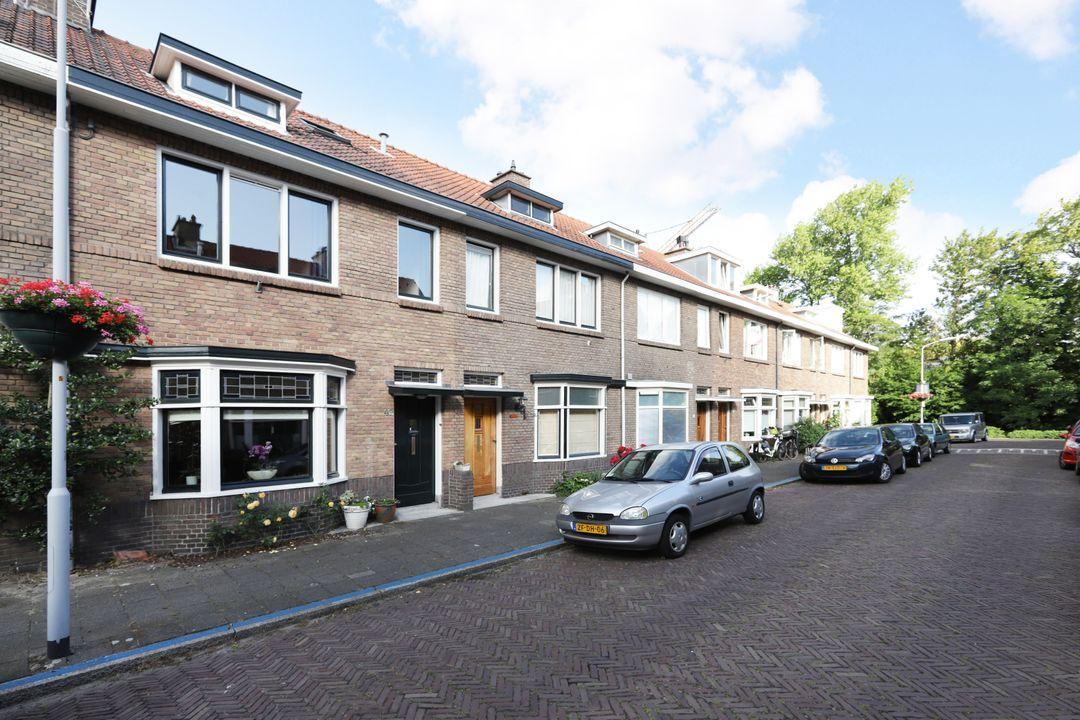 Agrippinastraat 47, Voorburg foto-1