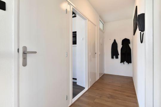 Aart van der Leeuwkade 165, Voorburg small-2