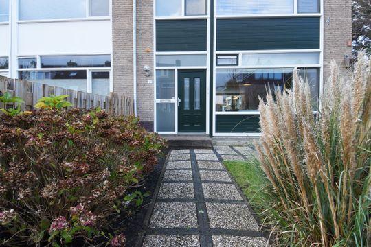 Kwikstaartlaan 2, Leidschendam small-1
