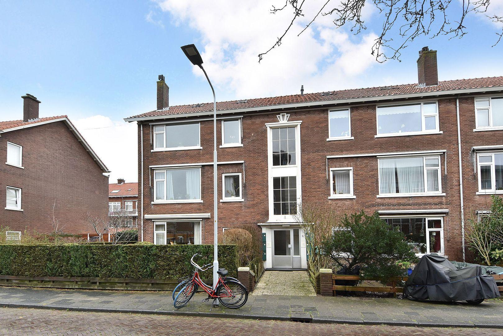 Carel Vosmaerstraat 58, Voorburg foto-0